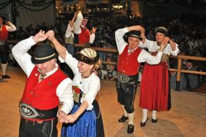 """Foto Historischer """"Alter Tanz"""" Garmisch"""